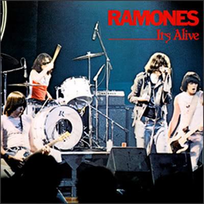 Navn:      Ramones_alive_L.jpg Visninger: 1114 Størrelse: 38.1 Kb