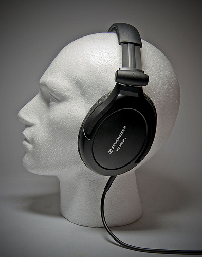 Dvz A Ycl Sy Ql additionally Sennheiser Hd Pro together with St likewise Hd Pro X in addition Sennheiser Hd Pro Headphones. on sennheiser hd 380 pro headphones