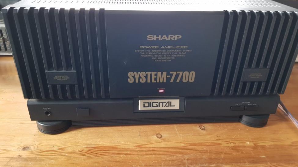 Navn:      Sharp-power-Tr200-pre-amp-1.jpg Visninger: 43 Størrelse: 53.4 Kb