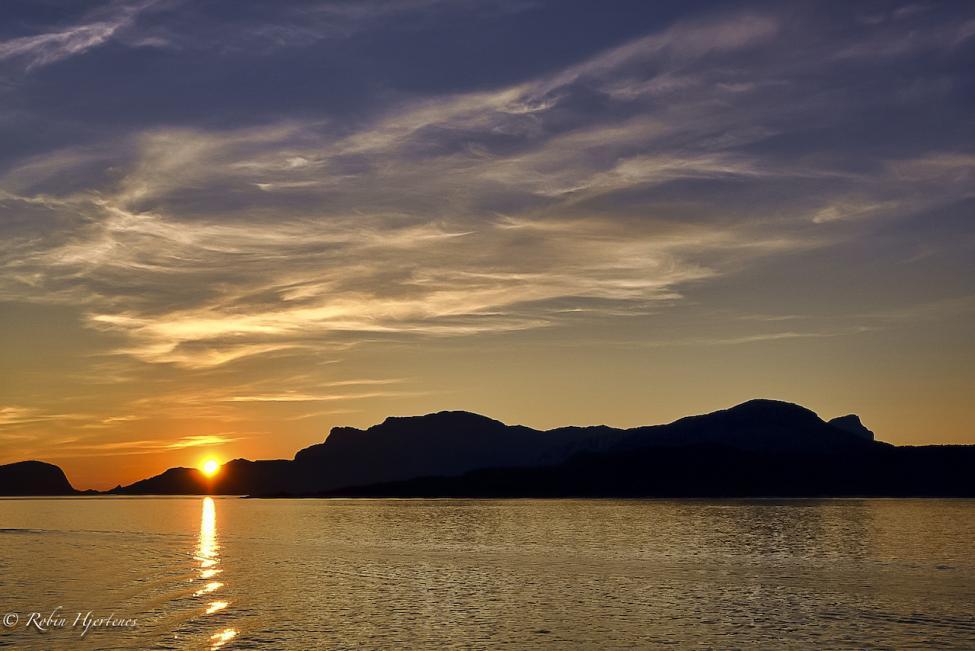 Navn:      Solnedgang nedskalert.jpg Visninger: 119 Størrelse: 69.1 Kb