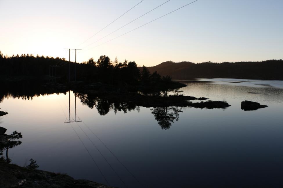 Navn:      solnedgang2.jpg Visninger: 719 Størrelse: 41.5 Kb