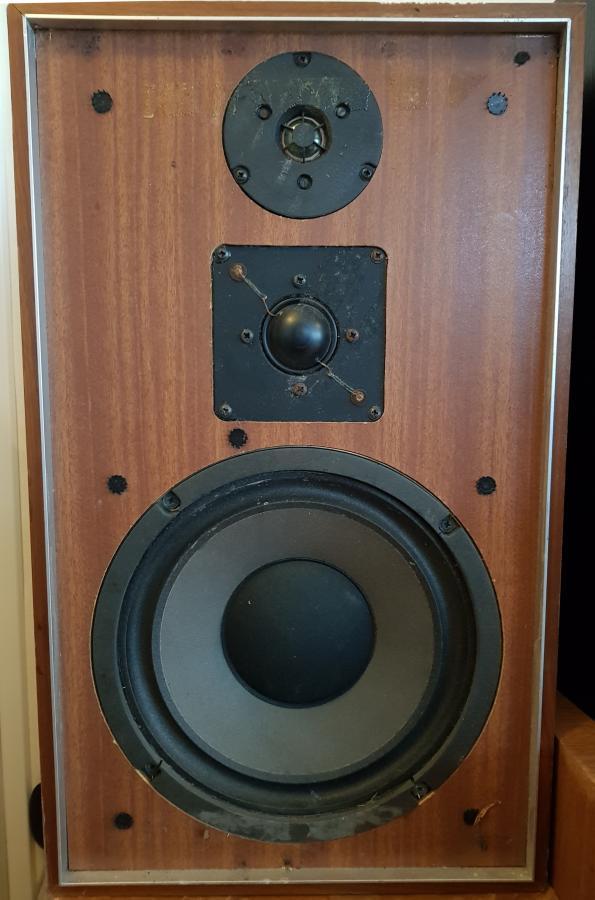 Navn:      speaker.jpg Visninger: 890 Størrelse: 64.7 Kb