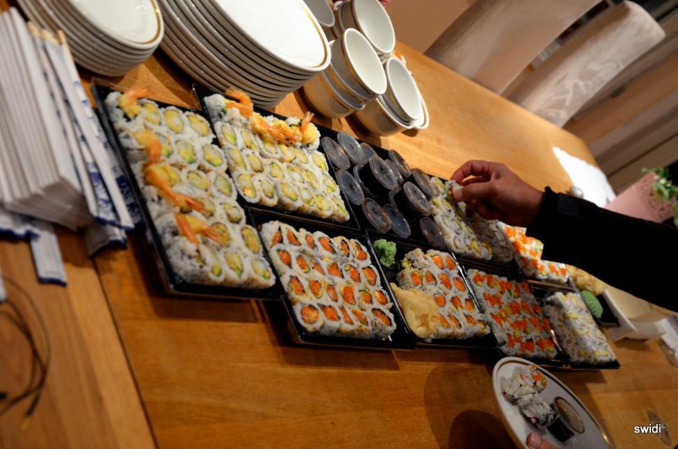 Navn:      Sushi.jpg Visninger: 214 Størrelse: 88.8 Kb