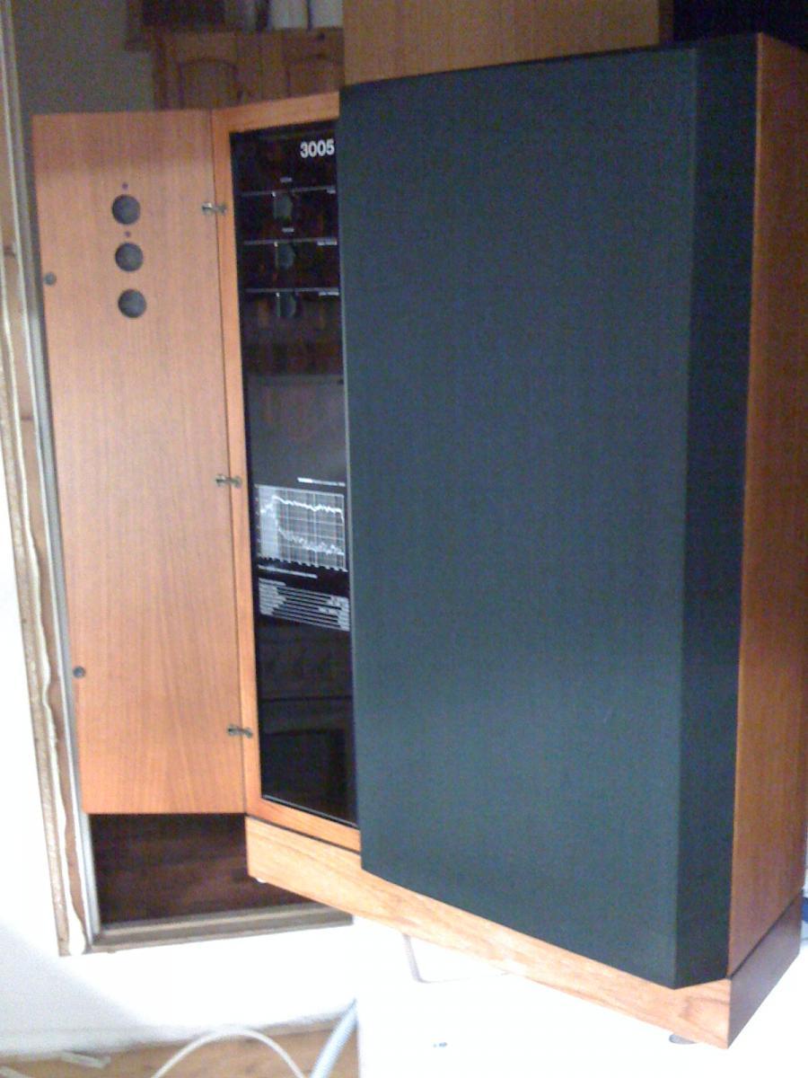 Navn:      Tandberg Studio Monitor 3005 011.jpg Visninger: 1347 Størrelse: 106.1 Kb