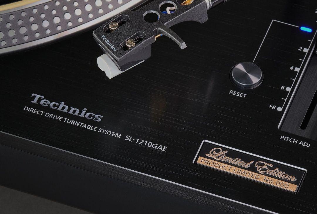 Technics_SL-1210GAE_LE-6.jpg