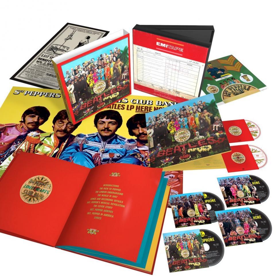 Navn:      The_Beatles_Sgt_Pepper_6_Disc_3D_Product_Shot_White_Background_1024x1024.jpg Visninger: 370 Størrelse: 153.3 Kb