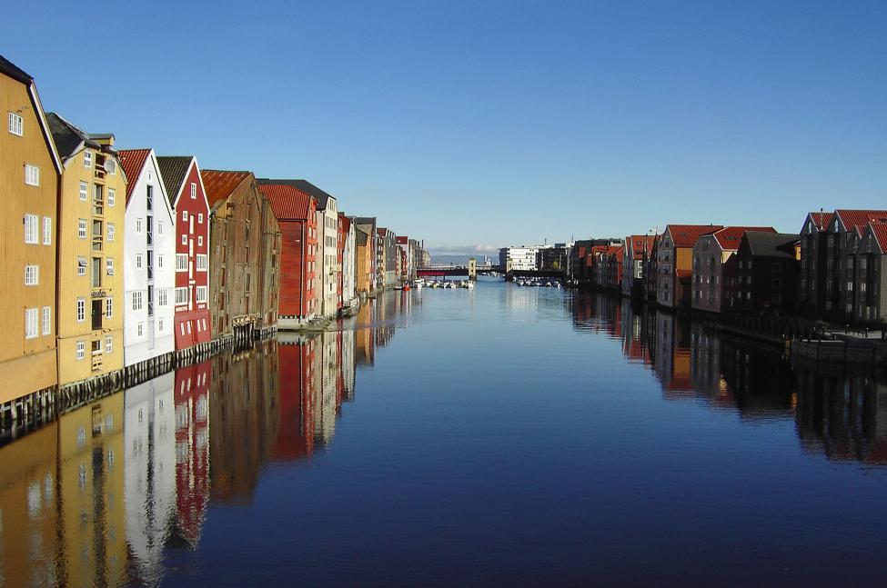 Navn:      TrondheimNidelva-improved.jpg Visninger: 963 Størrelse: 73.9 Kb