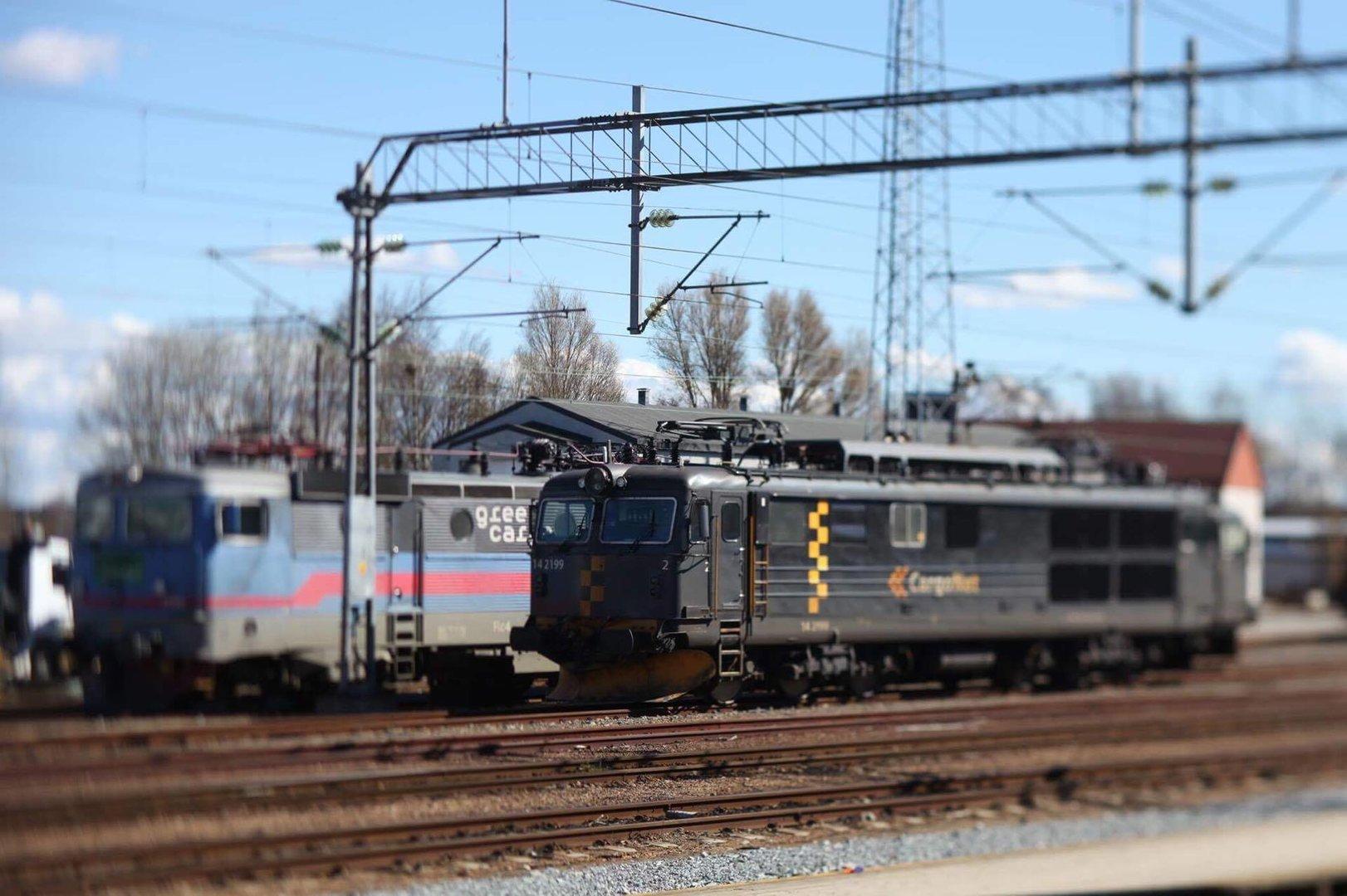 TS-E 90mm lok.jpg