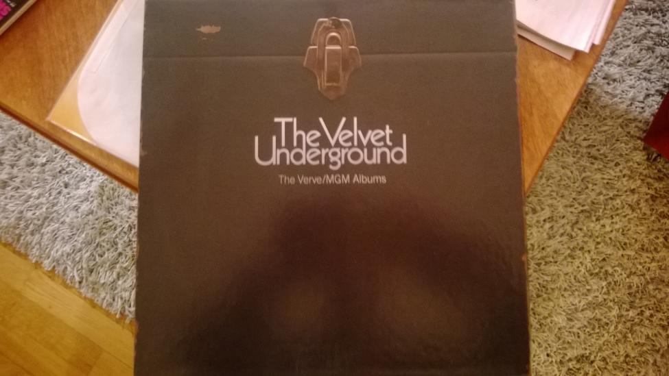 Navn:      Velvet Underground Box1.jpg Visninger: 115 Størrelse: 57.2 Kb