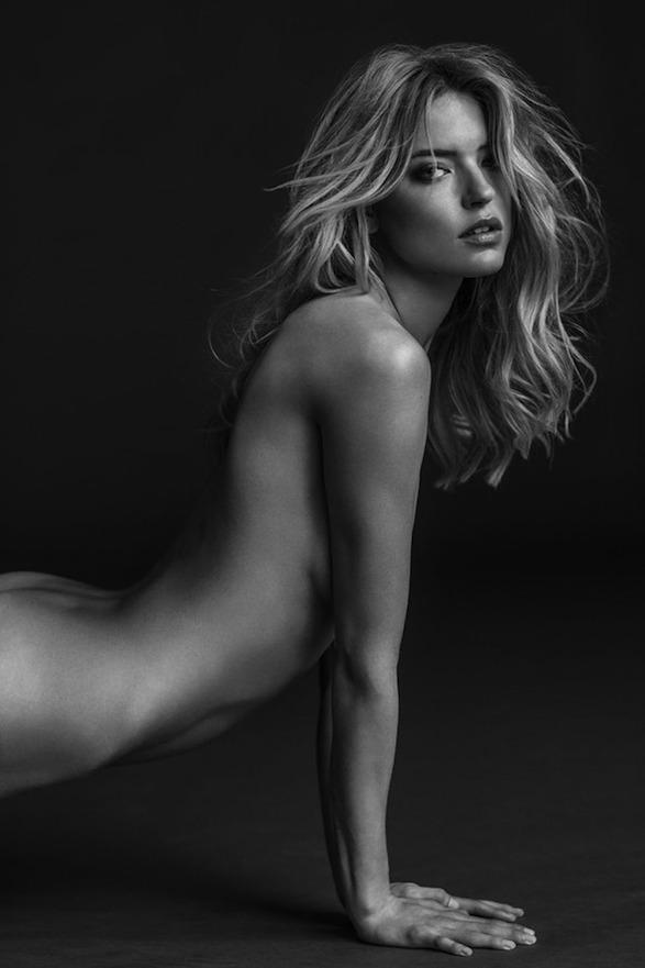 Victorias-Secret-Angels-Nude-Book-009.jpg